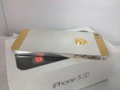 Brand New Apple iPhone 5S 64GB(GOLD)